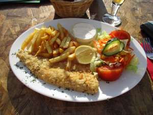 ricas-beach-bar-fish-and-chips